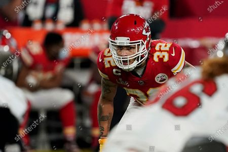 Kansas City Chiefs strong safety Tyrann Mathieu (32) looks out over the line of scrimmage before a play during the first half of the NFL Super Bowl 55 football game against the Tampa Bay Buccaneers, in Tampa, Fla. The Tampa Bay Buccaneers defeated the Kansas City Chiefs 31-9