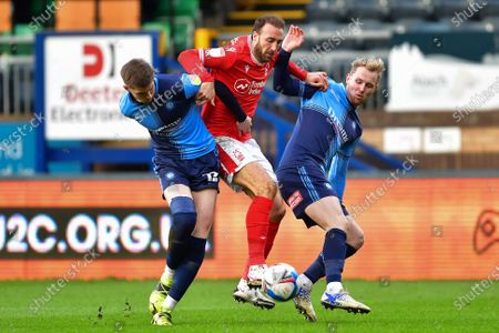 Glenn Murray (25) of Nottingham Forest battles with Josh Knight and Jack Grimmer of Wycombe Wanderers during the Sky Bet Championship match between Wycombe Wanderers and Nottingham Forest at Adams Park, High Wycombe on Saturday 6th February 2021.  (Photo by Jon Hobley/MI News/NurPhoto)