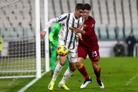 Alvaro Morata of Juventus FC and Gianluca Mancini of AS Roma compete for the ball during the Serie A football match between Juventus FC and AS Roma at Allianz Stadium on February 06, 2021 in Turin, Italy.Juventus won 2-0 over Roma. (Photo by Massimiliano Ferraro/NurPhoto)