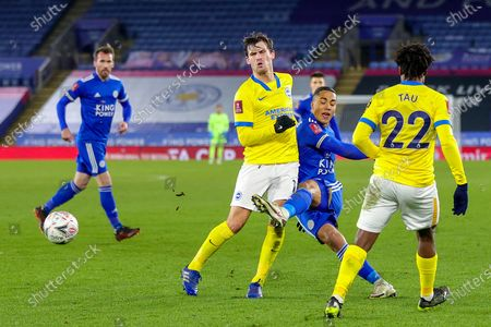 Youri Tielemans (8) of Leicester City strikes the ball during the FA Cup 5th round match between Leicester City and Brighton and Hove Albion at the King Power Stadium, Leicester