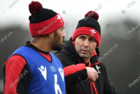 Stock Image of Willis Halaholo and Stephen Jones during training.