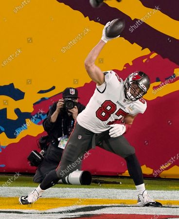 Tampa Bay Buccaneers tight end Rob Gronkowski (87) celebrates his second touchdown during the NFL Super Bowl 55 football game against the Kansas City Chiefs, in Tampa, Fla