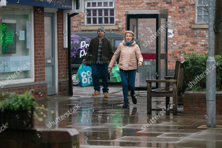Coronation Street - Ep 10262 Monday 1st March 2021 - 2nd Ep As Alya Nazir, as played by Sair Khan, chucks all Geoff's belongings out, Tim Metclafe, as played by Joe Duttine, asserts that everything he inherited from Geoff, he's transferring to Yasmeen.