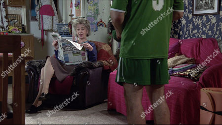 Coronation Street - Ep 10252 Wednesday 17th February 2021 - 2nd Ep Fiz Stape and Evelyn Plummer, as played by Maureen Lipman, rib Tyrone Dobbs, as played by Alan Halsall, unmercilessly as he sets off for his first yoga lesson.