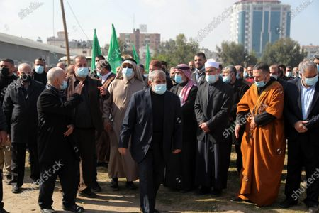 Senior Hamas leader Mahmoud al-Zahar, takes part in a funeral of the leader Ibrahim Al-Yazuri,80, who died of the coronavirus (COVID-19) pandemicin, Gaza City on February 12, 2021. Al-Yazuri is one of the founders of the Hamas movement.
