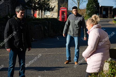 Emmerdale - Ep 8979 Thursday 25th February 2021 - 1st Ep As Cain Dngle, as played by Jeff Hordley, drops off the kids belongings, Nate Robinson, as played by Jurell Carter, is clearly pleased to be trusted. Cain's about to head off to meet Moira at the hotel, but when they see Tracy Metcalfe, as played by Amy Walsh, doubled up in pain, they rush to help. Tracy's in denial convinced it's Braxton Hicks but her waters break. Cain goes to get his car leaving Nate and Tracy in a tailspin of panic.