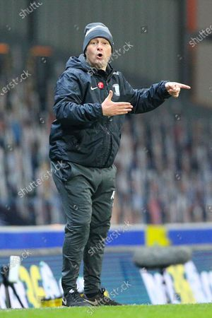 Preston North End Manager Alex Neil  gestures during the EFL Sky Bet Championship match between Blackburn Rovers and Preston North End at Ewood Park, Blackburn
