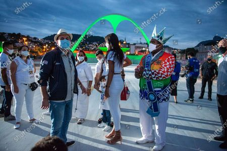 O prefeito do Rio Eduardo Paes e o Rei Momo , folclorico rei do carnaval, no sambodromo, local dos desfiles das escolas de samba , na abertura dos festejos de  carnaval que este ano  foi suspenso. O local recebeu uma iluminaçao especial com as cores das  escolas de samba em homenagem as vitimas da COVID19  on February 12, 2021.