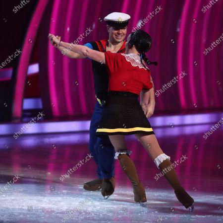 Skate on - Sonny Jay and Angela Egan