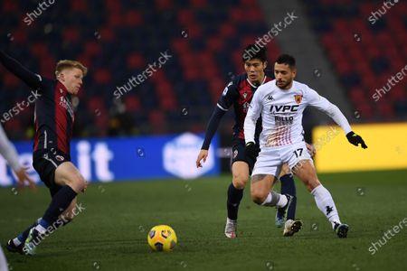 """Jerdy Schouten (Bologna)Gianluca Caprari (Benevento)Takehiro Tomiyasu (Bologna)        during the Italian """"Serie A"""" match between Bologna 1-1 Benevento  at  Renato Dall Ara Stadium in Bologna, Italy."""