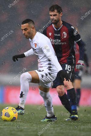 "Roberto Insigne (Benevento)Andrea Poli (Bologna)        during the Italian ""Serie A"" match between Bologna 1-1 Benevento  at  Renato Dall Ara Stadium in Bologna, Italy."