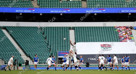 England vs Italy. England's Courtney Lawes wins a line out