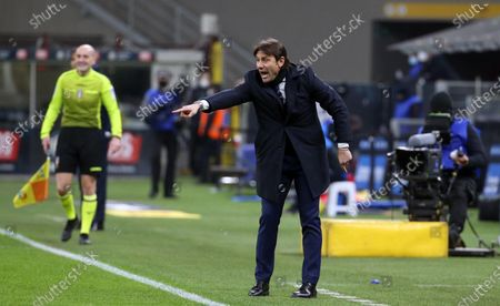 Inter Milan's coach Antonio Conte reacts during the Italian Serie A soccer match between FC Inter and SS Lazio at Giuseppe Meazza stadium in Milan, Italy, 14 February 2021.