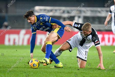 Koray Gunter (Hellas Verona) cand Andreas Cornelius (Parma)