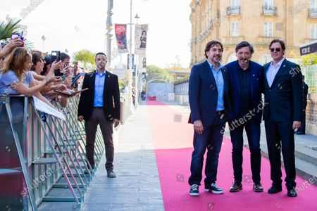 (L-R) Javier Bardem, Carlos Bardem and Alvaro Longoria attends the 'Sanctuary (Santuario)' Premiere during 67th San Sebastian Film Festival on September 26 , 2019 in San Sebastian, Spain.  (Photo by Manuel Romano/NurPhoto)