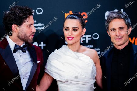 Stock Image of Edgar Ramirez, Penelope Cruz, Gael Garcia Bernal attends the Donostia Award red carpet during 67th San Sebastian International Film Festival on September 27, 2019 in San Sebastian, Spain.  (Photo by Manuel Romano/NurPhoto)