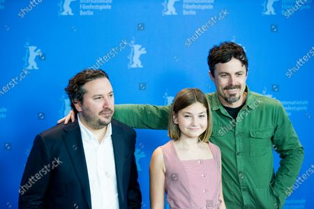 (L-R) Teddy Schwarzman, Anna Pniowsky and Casey Affleck attends the'Light of My Life' Photocall at the 69th Berlinale International Film Festival Berlin on February 8, 2019, in Berlin, Germany. The Berlin film festival will be running from February 7 to 17, 2019. Nearly 400 movies from around the world will be presented, with 17 vying for the prestigious Golden Bear top prize.