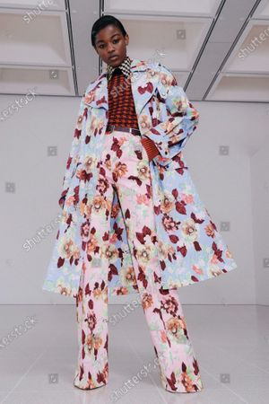 Stock Image of A Model wearing an outfit from the Womens Ready to wear, pret a porter, collections, winter 2021 2022, original creation, during the Womenswear Fashion Week in New York, from the house of Victoria Beckham