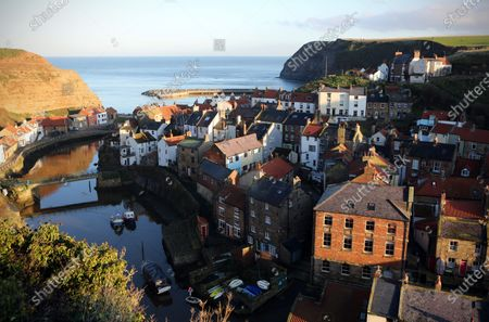 Staithes is a seaside village in the Scarborough borough of North Yorkshire. Staithes saw a 400% jump in online searches for accommodation recently after it featued a BBC TV Christmas special fronted by Bob Mortimer and Paul Whitehouse.