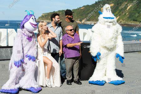(L-R) Ingrid Garcia-Jonson, Miquel Fernandez, El Chojin, Danny DeVito attend the 'Smallfoot' Photocall during the 66th San Sebastian Film Festival in San Sebastian on September 22, 2018 in San Sebastian, Spain.