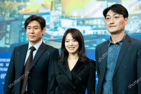 (L-R) South Korean actor Sol Kyung-gu, South Korean actress Chun Woo-hee and South Korean director Lee Su-jin attend the  'Idol' (Woo Sang) Press Conference during the 69th Berlinale International Film Festival Berlin at Grand Hyatt Hotel on February 14, 2019 in Berlin, Germany. Rampling is this years recipient of the Honorary Golden Bear Award of the Berlinale. (Photo by Manuel Romano/NurPhoto)