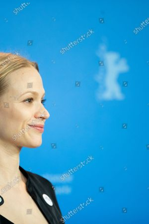 Mavie Hoerbiger attends the 'The Ground Beneath My Feet' Photocall  at the 69th Berlinale International Film Festival Berlin on February 9, 2019, in Berlin, Germany. The Berlin film festival will be running from February 7 to 17, 2019. Nearly 400 movies from around the world will be presented, with 17 vying for the prestigious Golden Bear top prize. (Photo by Manuel Romano/NurPhoto)