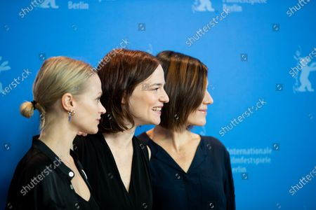 Mavie Hoerbiger, Valerie Pachner and Pia Hierzegger attends the 'The Ground Beneath My Feet' Photocall  at the 69th Berlinale International Film Festival Berlin on February 9, 2019, in Berlin, Germany. The Berlin film festival will be running from February 7 to 17, 2019. Nearly 400 movies from around the world will be presented, with 17 vying for the prestigious Golden Bear top prize. (Photo by Manuel Romano/NurPhoto)