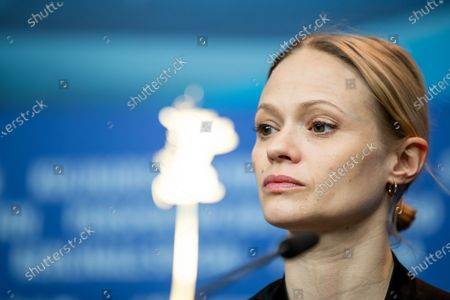 Mavie Hoerbiger attends the 'The Ground Beneath My Feet' Press Conference at the 69th Berlinale International Film Festival Berlin on February 9, 2019, in Berlin, Germany. The Berlin film festival will be running from February 7 to 17, 2019. Nearly 400 movies from around the world will be presented, with 17 vying for the prestigious Golden Bear top prize. (Photo by Manuel Romano/NurPhoto)