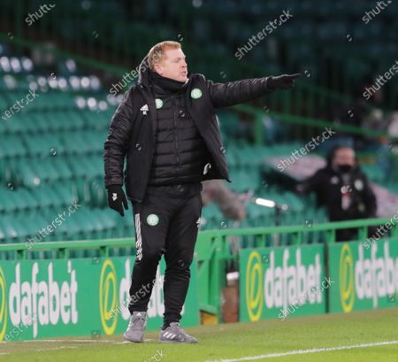 Celtic Manager Neil Lennon points fro the technical area.