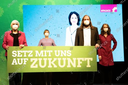 Claudia Roth, Katharina Schulze, Anton Hofreiter, Eva Lettenbauer and in the background Annalena Baerbock at the political ash wednesday of the green party