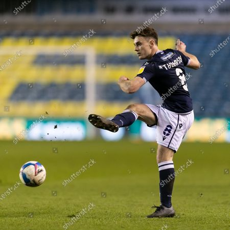 Ben Thompson of Millwall passes the ball during the Sky Bet Championship match between Millwall and Birmingham City at The Den, London on Wednesday 17th February 2021.  (Photo by Juan Gasperini/MI News/NurPhoto)