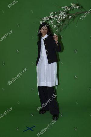 Stock Image of A Model wearing an outfit from the Womens Ready to wear, pret a porter, collections, winter 2021 2022, original creation, during the Womenswear Fashion Week in New York, from the house of Rosetta Getty