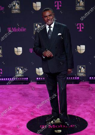 """Jose Alberto """"El Canario"""" arrives at Premio Lo Nuestro at American Airlines Arena, in Miami"""