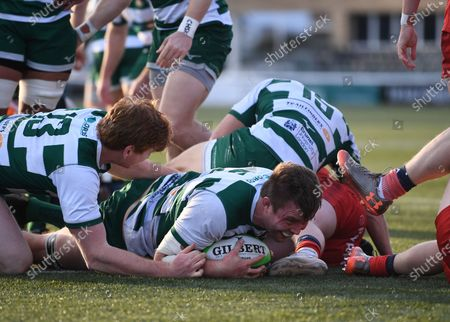 James Cannon of Ealing Trailfinders scores a try; Trailfinders Sports Club, London, England; Trailfinders Challenge Cup Rugby, Ealing Trailfinders versus Doncaster Knights.