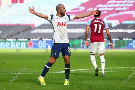 Lucas Moura (L) of Tottenham celebrates after scoring a goal during the English Premier League soccer match between West Ham United and Tottenham Hotspur in London, Britain, 21 February 2021.
