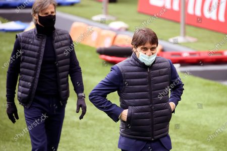 Antonio Conte of FC Internazionale and Gabriele Oriali before the Serie A match between AC Milan and FC Internazionale at Stadio Giuseppe Meazza on February 21, 2021 in Milan, Italy.