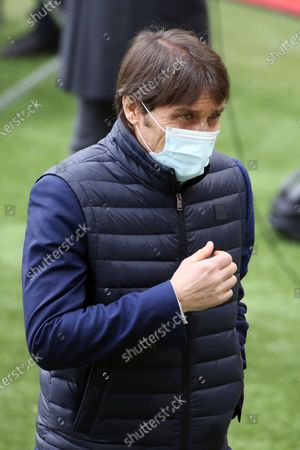 Antonio Conte of FC Internazionale prior the Serie A match between AC Milan and FC Internazionale at Stadio Giuseppe Meazza on February 21, 2021 in Milan, Italy.