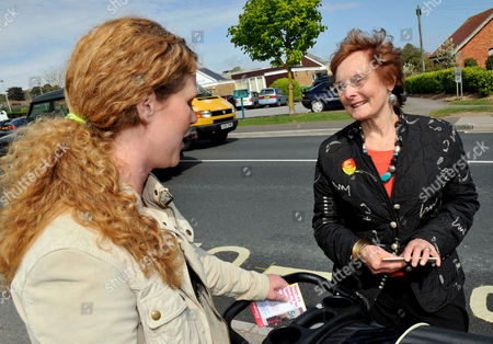 Prospective voter with Gordon Brown's Mother-in-Law Pauline Macaulay
