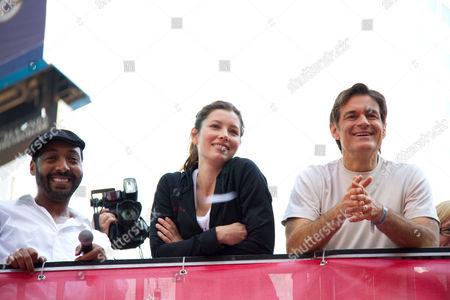 Jesse L Martin, Jennifer Biel and Dr Mehmet Oz