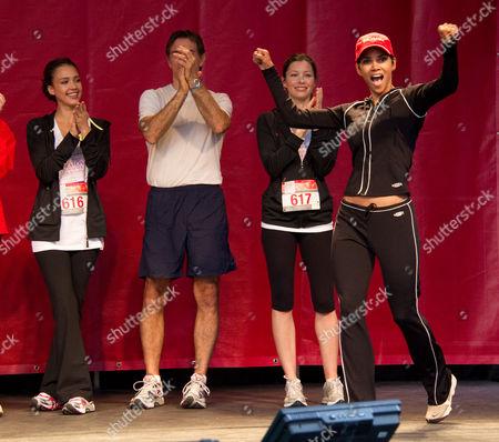 Stock Photo of Jessica Alba, Dr Mehmet Oz, Jennifer Biel and Halle Berry