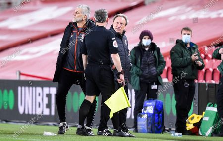 Manager Neil Warnock of Middlesbrough confronts Referee Tim Robinson and his officials at the end of the game