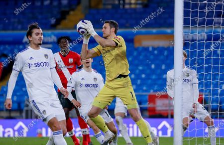 Southampton goalkeeper Alex McCarthy (1)  at the Premier League match between Leeds United and Southampton at Elland Road, Leeds