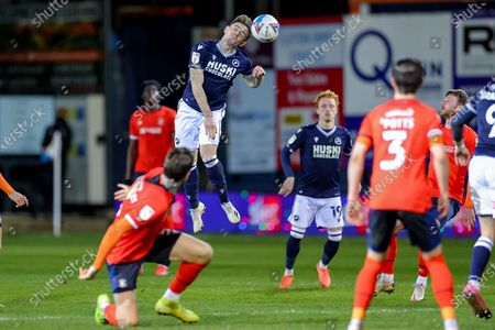 Ben Thompson (8) of Millwall heads the ball during the EFL Sky Bet Championship match between Luton Town and Millwall at Kenilworth Road, Luton