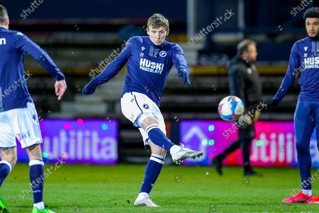 Jon Dadi Bodvarsson (22) of Millwall warms up during the EFL Sky Bet Championship match between Luton Town and Millwall at Kenilworth Road, Luton