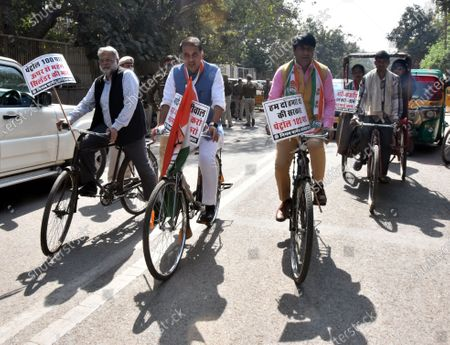 Delhi Pradesh Congress Committee Vice-President and Leader of Congress Party in South Delhi Municipal Corporation Abhishek Dutt along with Congress Municipal Councillor's be going by cycling to Civic Center for February Monthly house to express their protest towards rising Petrol Diesel Prices in Delhi , at Gandhi market golchakkar , Back gate of Zakir Hussain College on February 23, 2021 in New Delhi, India.