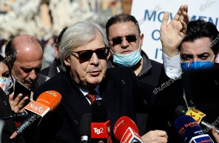 "Vittorio Sgarbi in Piazza Navona presents to the press his candidacy for the elections of the mayor of Rome with his ""Renaissance"" list"