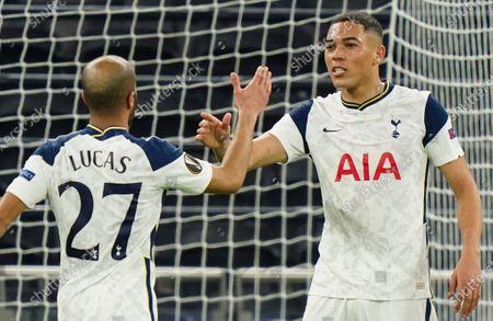 Carlos Vinicius of Tottenham Hotspur celebrates scoring a second goal with Lucas Moura of Tottenham Hotspur to make it 4-0 (Agg 8-1)