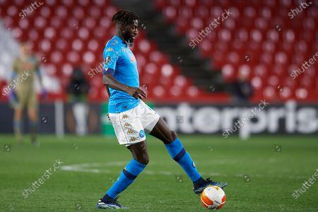 Tiemoue Bakayoko of Napoli in action during the UEFA Europa League Round of 32 match between Granada CF and SSC Napoli at Estadio Nuevo los Carmenes on February 18, 2021