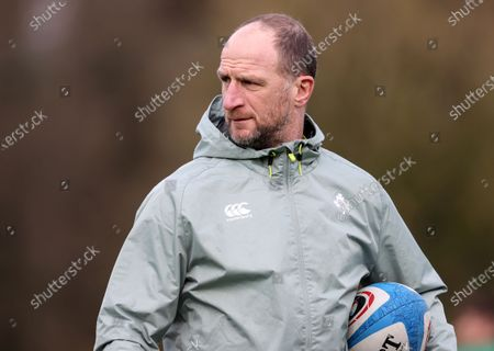 Assistant coach Mike Catt
