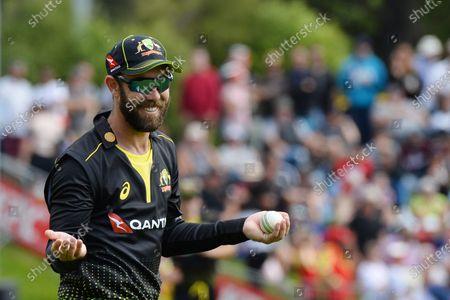Australia's Glenn Maxwell celebrates the dismissal of New Zealand's Mitchell Santner during the second Twenty20 international cricket match between New Zealand and Australia at University Oval in Dunedin, New Zealand